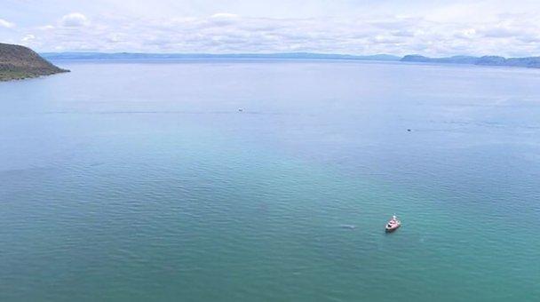 Plane crash debris in Lake Taupō - Photo / TV3