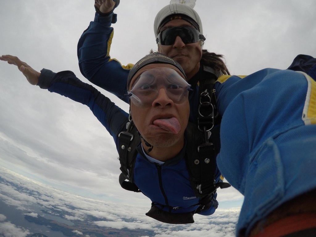 Rereahu doing Pūkana while diving