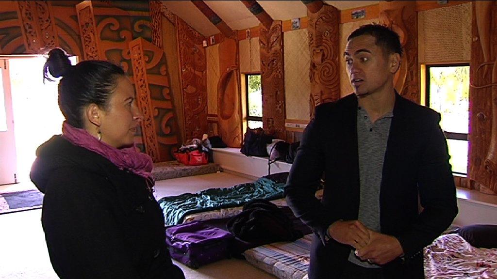 Kahurangi and Anaha talking inside wharepuni