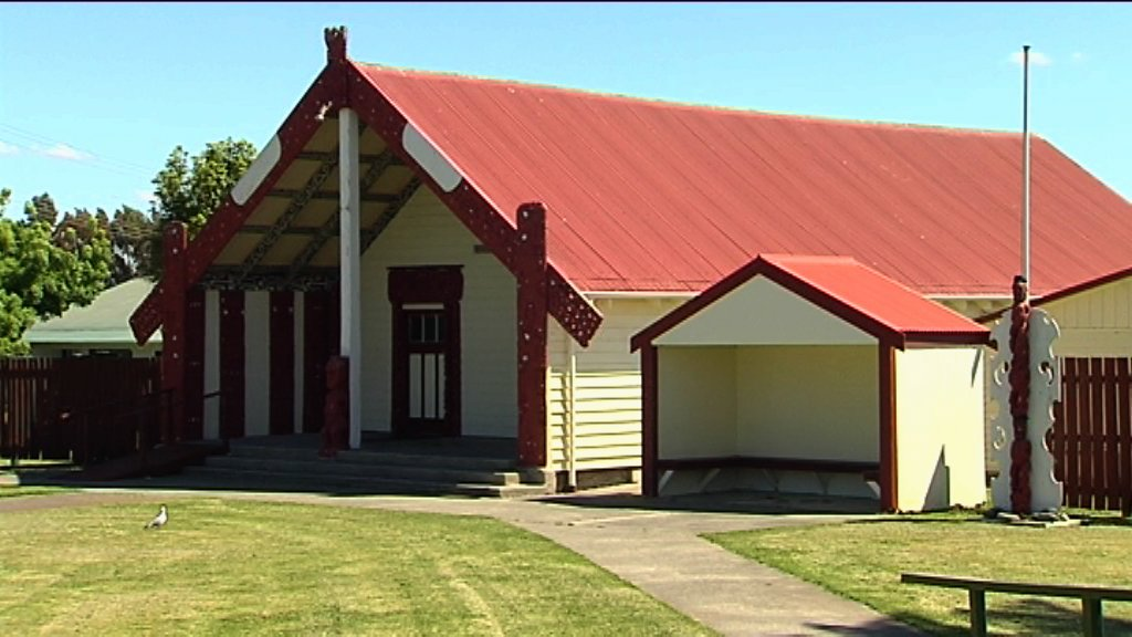 MWS side view of Maketu marae wharepuni