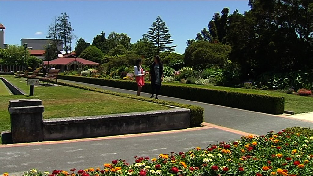 WS Mercia and Kahurangi walking a path in the Government gardens