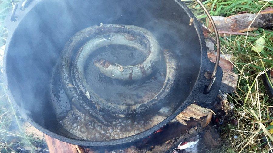 Kanakana in a pan cooking