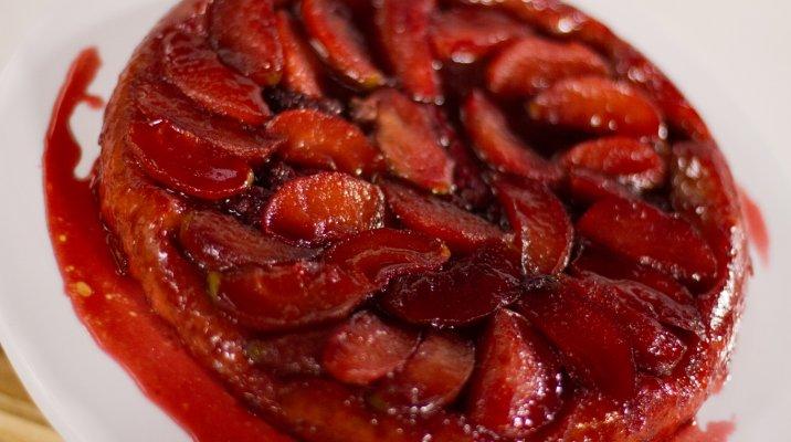 Apple & Berry Tarte Tatin - Whānau Bake Off