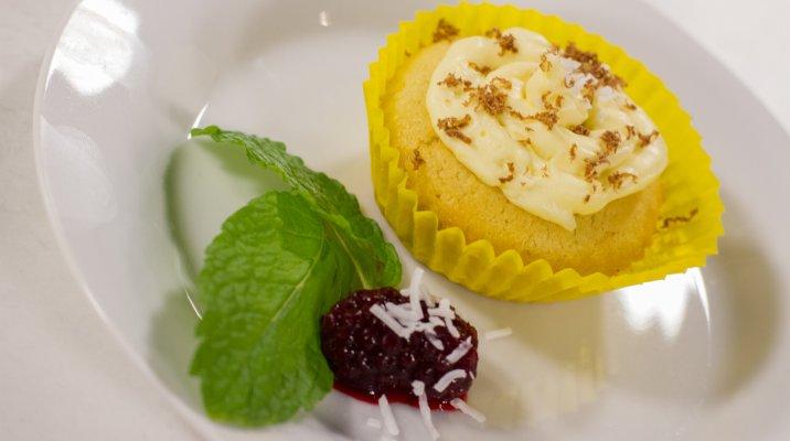 Coconut Cupcakes with a Twist - Whānau Bake Off