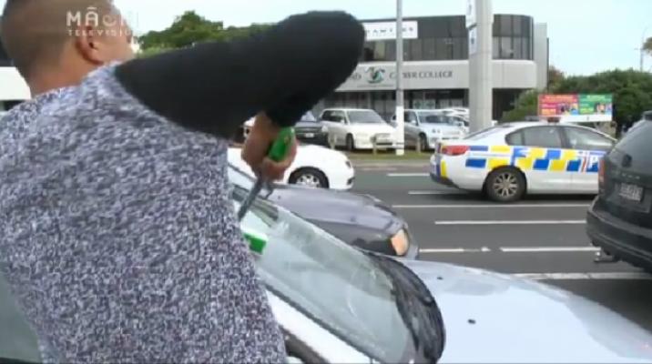 Police aim to curb window washers - Photo / file