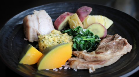 Plate of hangi