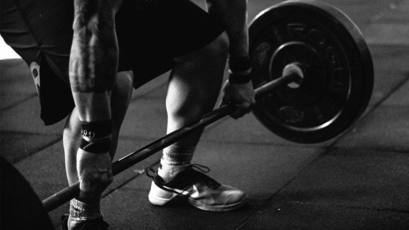Kawana wins novice powerlifting competition | Māori Television